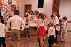 Children dancing folk
