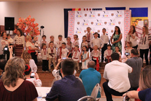 Children Performing - singing moldavian songs