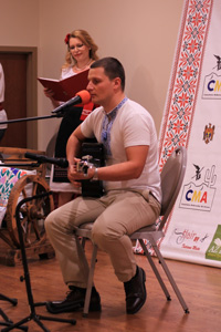 Radu Lavraniuc voice and guitar